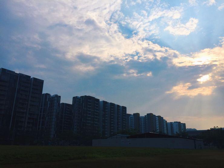 hdb sunset